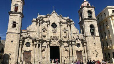 https://commons.wikimedia.org/wiki/File:Havana_Cathedral,_Cuba.jpg