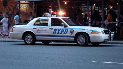 https://commons.wikimedia.org/wiki/File:New_york_police_department_car.jpg