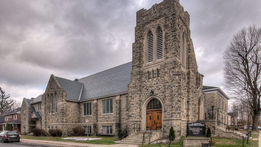 https://commons.wikimedia.org/wiki/File:St._Andrew%27s_Presbyterian_Church,_Perth.jpg