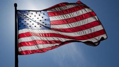https://commons.wikimedia.org/wiki/File:US_Flag_Backlit.jpg