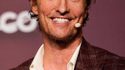 https://commons.wikimedia.org/wiki/File:Matthew_McConaughey_2019_(48648344772).jpg
